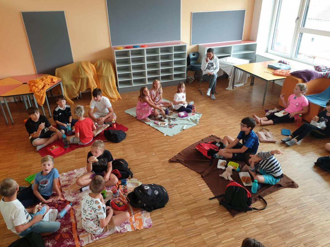 VS Pinkafeld, Beitrag, Tagesheim, kreativ und sportlich